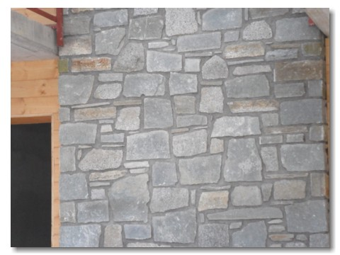 Muri rivestiti in pietra